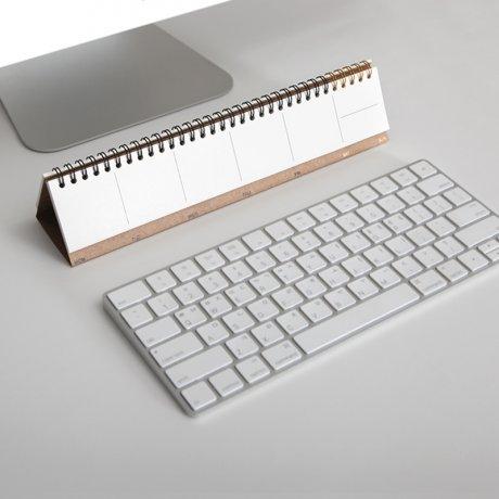 Tischkalender weiß | Kalender mit Ringbindung von jstory 3