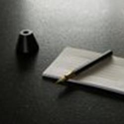 ystudio Füller Schreibtisch Messing 4