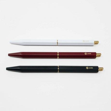 ystudio | tragbarer Kugelschreiber aus Messing weiß 4