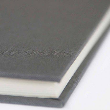 "Semikolon Classic Notizbuch ""M"" Leinen grau 4"